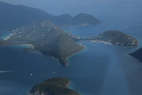 sydvästra spetsen av Tortola, Great Tatch i förgrunden