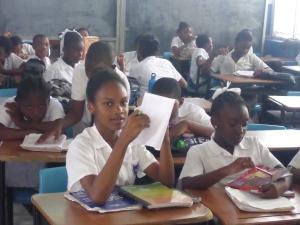 Glada skolbarn i St. George