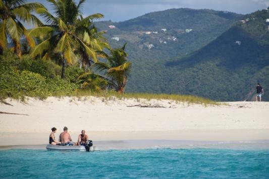 32  Sandy Cay (25)